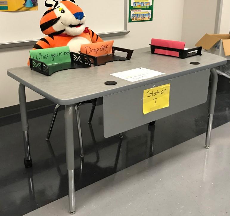 Desk 2019-09-23 130017